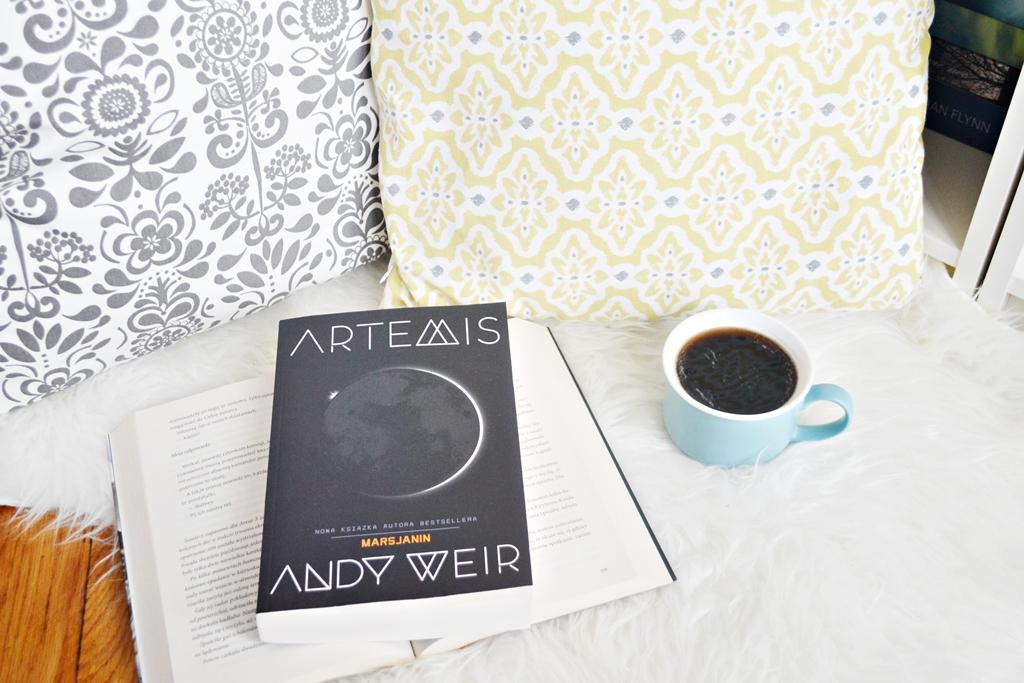przedpremierowo-artemis-andy-weir