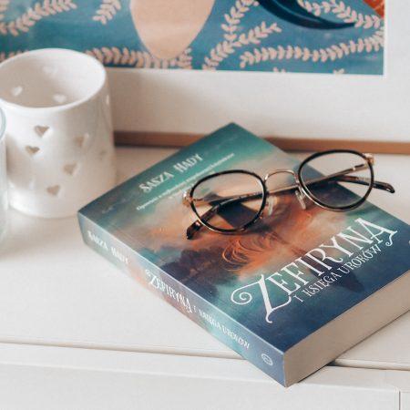 Zefiryna i księga uroków - Sasza Hady